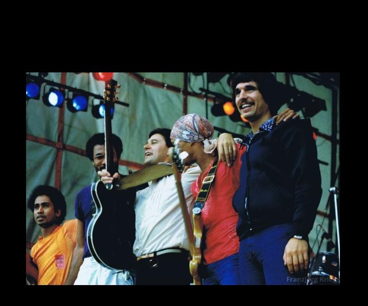 One Truth Band - 1978<br>Shankar, Tony Smith, John McLaughlin, Fernando Saunders, Stu Goldberg