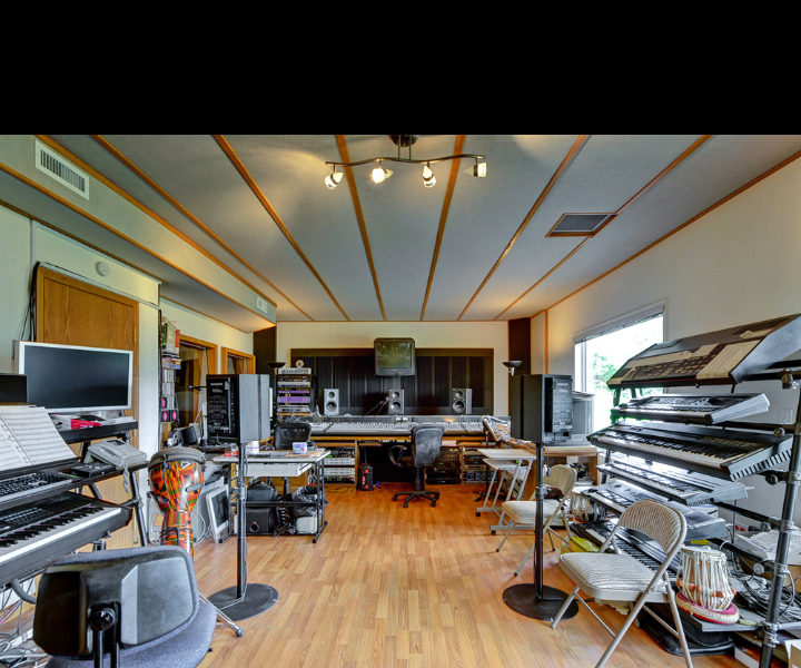 Stu Goldberg Studios - Control Room