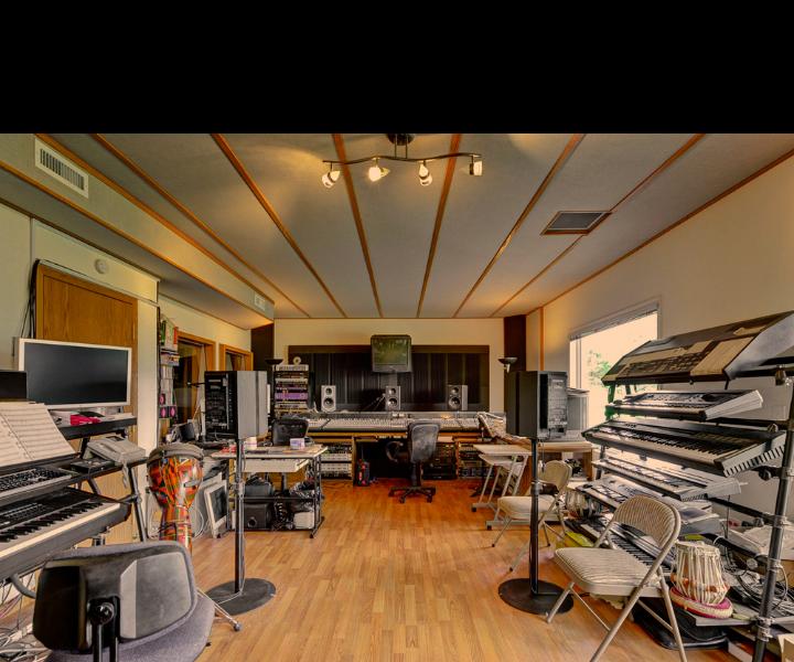 Stu Goldberg Studios - Control Room